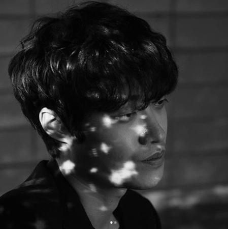 韓国歌手カン・テグ(27)がデート暴力を認め、しばらく活動を中断することを決定した。(提供:news1)