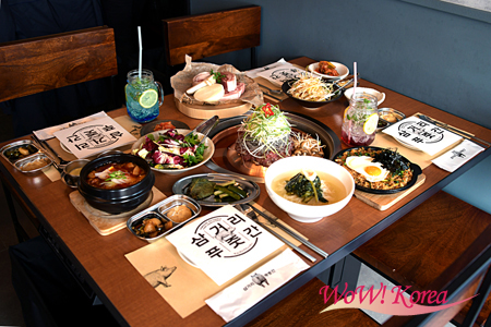 韓国の大手芸能プロダクション「YG ENTERTAINMENT」の日本法人、「YG ENTERTAINMENT JAPAN」が仕掛ける韓国の大人気のコリアンBBQレストラン「サムゴリプジュッカン 」の日本1号店が東京・渋谷にオープンする。