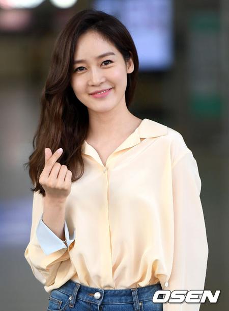 女優ソン・ユリ、低所得層の子ども達のため1億ウォン(約1千万円)を寄付