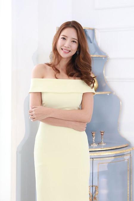 韓国女優イ・テイムが突然引退宣言した中、レギュラー出演していたMBN「非幸少女」で降板した事実が明らかになった。(提供:OSEN)