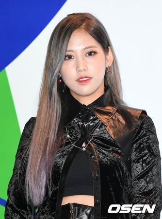 韓国女性ラッパーのユク・チダムが、再び立場を明らかにした。(提供:OSEN)