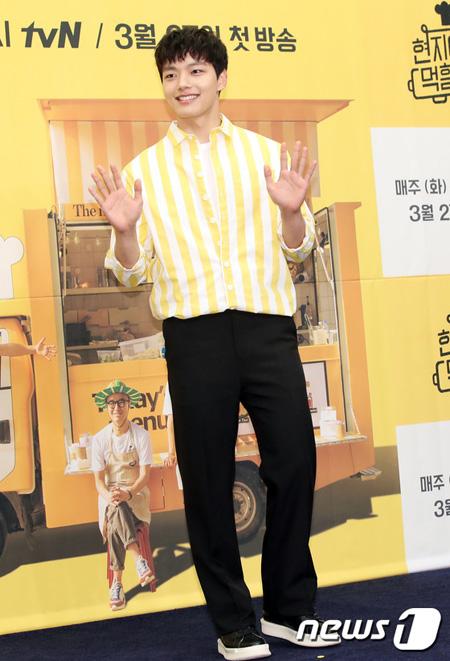 俳優ヨ・ジング、tvN「現地で食べてくれるかな? 」出演を悩んだが「価値ある経験だった」