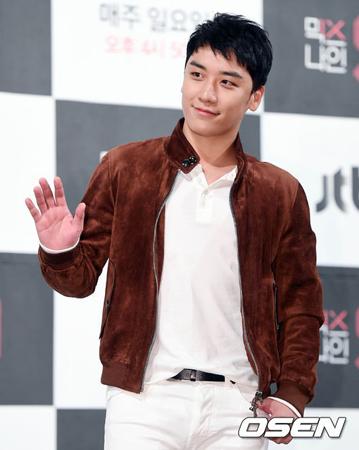 韓国YGエンターテインメントが今年初めから勢いが増す中、V.I(BIGBANG、27)、イ・ハイ(21)、「Sechs Kies」も出撃を準備中だ。