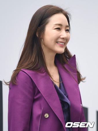 【全文】YGエンタ、女優チェ・ジウの結婚を報告「一般人の相手方を配慮し式は非公開に」