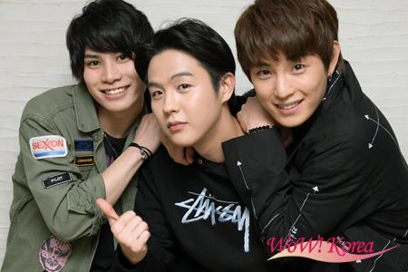左から俳優二葉勇、インジュン、ミンス