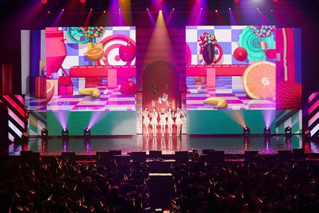 韓国ガールズグループ「Red Velvet」の初の単独コンサート「Red Room」の画報集が来る26日に発売される。(提供:OSEN)