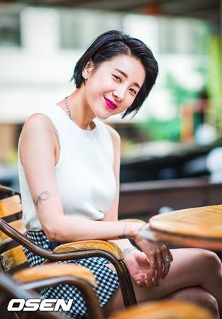 暴言+悪態騒動で活動自粛のソ・イニョン、「推理の女王」OSTで歌手カムバック確定