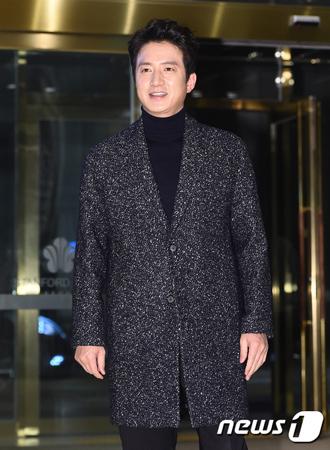 """韓国俳優チョン・ジュノ側が、6月13日の地方選挙に出馬&自由韓国党に入党といった""""政界進出説""""は事実ではないと明らかにした。(提供:news1)"""