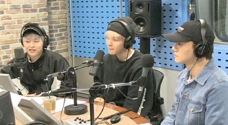 """「EXO-CBX」、メンバーの""""食い意地""""を明かす…「EXO」で一番の食いしん坊は? (提供:OSEN)"""