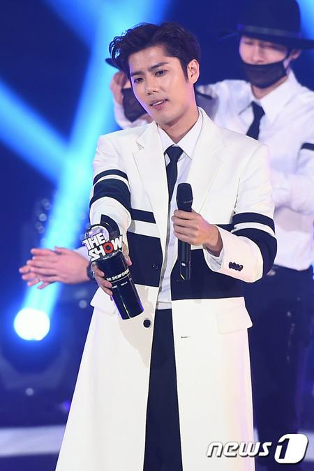韓国アイドルグループ「Double S 301」キム・キュジョン側が熱愛説報道に「確認中」という立場を伝えた。(提供:news1)