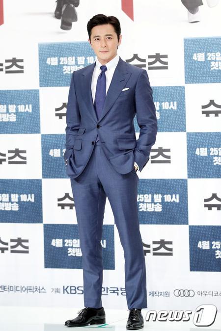 韓国俳優チャン・ドンゴンが「Suits」のキャラクター=チェ・ガンソクと自分のシンクロ率が100%に近いと話した。(提供:news1)