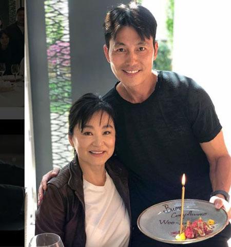 """俳優チョン・ウソン、""""国宝美女""""と呼ばれたブリジット・リンとの2ショット公開(提供:news1)"""