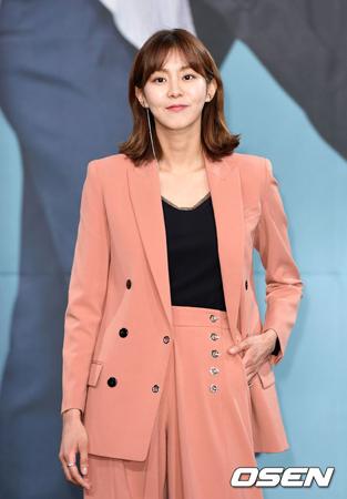 韓国女優ユイ(元AFTERSCHOOL)の所属事務所ヨルムエンターテインメント側が、詐称アカウントに対する注意を促した。(提供:OSEN)