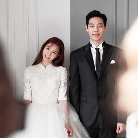 韓国ガールズグループ「AFTERSCHOOL」元メンバーのジョンア(34)が28日、バスケットボールのチョン・チャンヨン選手(30)とソウル・江南(カンナム)某所で結婚式を挙げる。(提供:OSEN)
