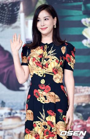 【公式】女優コ・ソヨン、文化倉庫と専属契約…チョン・ジヒョンらと事務所仲間に
