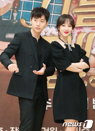 韓国女優チョン・リョウォンが、新ドラマ「油っぽいメロ」で共演のジュノ(2PM)の演技力を称賛した。(提供:news1)