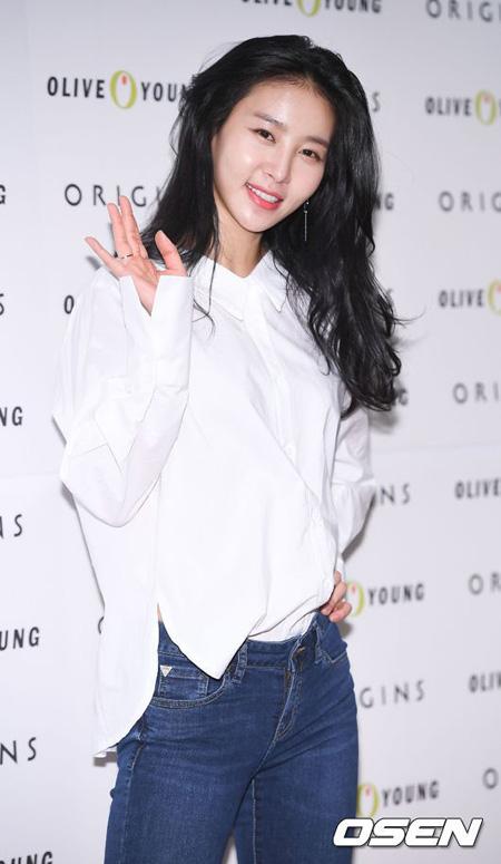 韓国女優キム・ジョンミンが元恋人ソン氏との法的紛争を終えた。(提供:OSEN)
