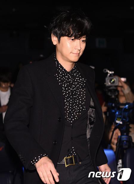 韓国俳優カン・ドンウォンがカンヌ映画祭開幕式に姿を現した。(提供:news1)
