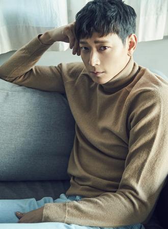 【公式】俳優カン・ドンウォン、仏映画に出演? 事務所「ハリウッド『Tsunami LA』広報以外の日程は確認が難しい」(提供:OSEN)