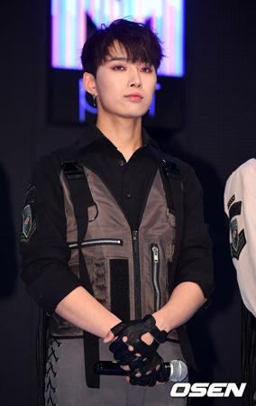 「PRODUCE 101」出身キム・ジェハン、8キロ減量し「SPECTRUM」としてデビュー