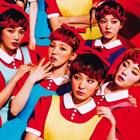 韓国ガールズグループ「Red Velvet」のヒット曲「Dumb Dumb」のMVが、YouTubeで再生回数1億回を突破した。(提供:news1)