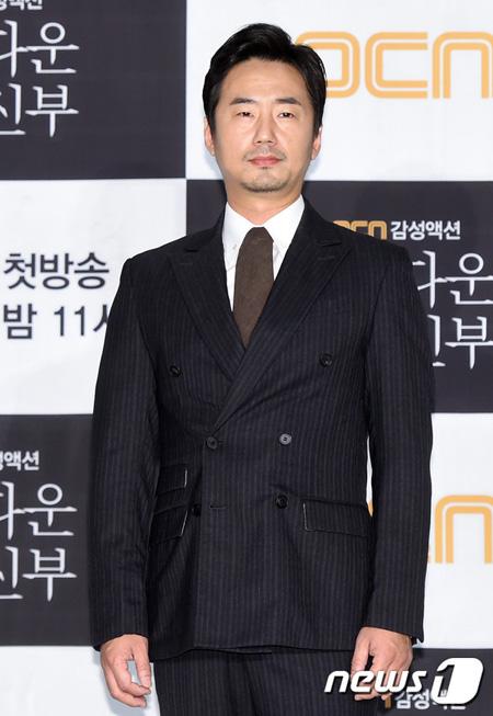 【公式】俳優リュ・スンス、6年ぶりに再びサイダスHQと専属契約
