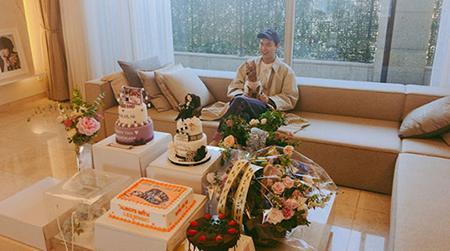 俳優イ・ミンホが、デビュー 12周年を迎えて近況を公開した。(提供:OSEN)