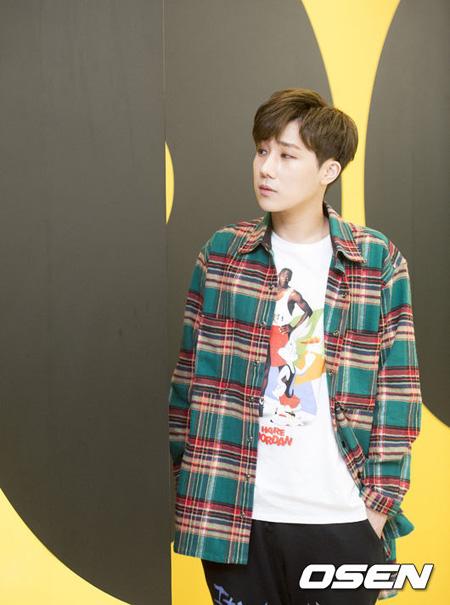 韓国アイドルグループ「INFINITE」ソンギュがファンのためにコンサートライブ音源を発表し、非公開で軍入隊した。(提供:OSEN)