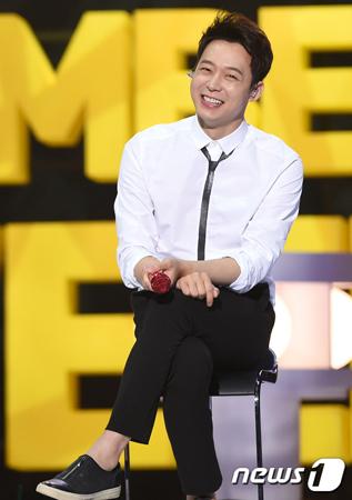韓国歌手兼俳優パク・ユチョン(31、JYJ)が南陽乳業創業者の孫娘ファン・ハナさんと破局した。結婚発表で芸能界を驚かせてから1年のことだ。(提供:news1)