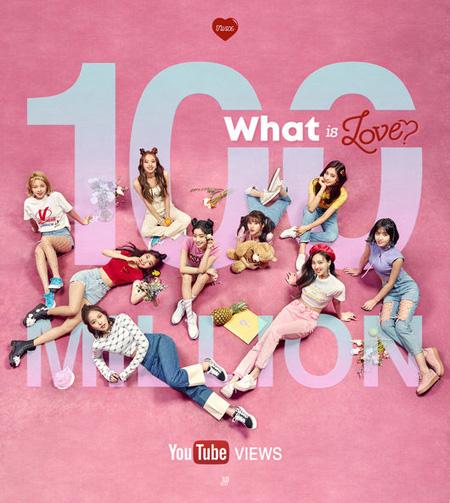 【公式】「TWICE」、「What is Love? 」MVが1億ビュー突破=デビュー曲から8連続の大記録(提供:OSEN)