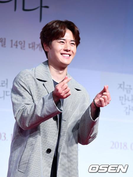 韓国俳優兼歌手キム・ドンジュン(ZE:A)が「アバウトタイム」出演を前向きに検討していることがわかった。(提供:OSEN)