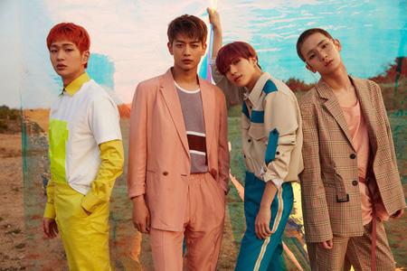 6thアルバム「The Story of Light」でカムバックするアイドルグループ「SHINee」のミュージックビデオ(MV)ティザー映像とイメージ写真が公開され話題だ。(提供:OSEN)