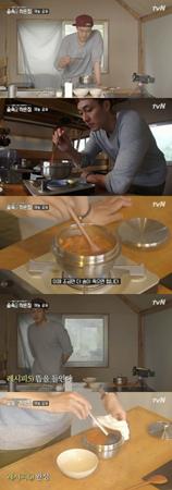 韓国俳優ソ・ジソブ(40)が、ダイエットに効果的なレシピを紹介した。(提供:news1)