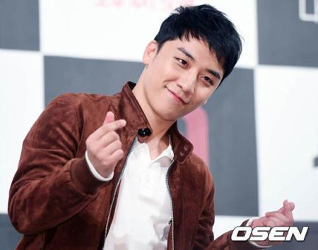 「BIGBANG」V.I、SNSでカムバック情報公開「7月初めにソロカムバック。予想を超えるスタイルで」(提供:OSEN)