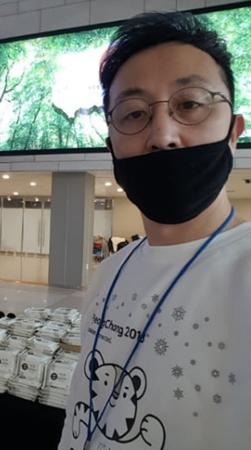 韓国お笑い芸人のハン・サンギュが、慶尚南道(キョンサンナムド)昌原(チャンウォン)でタクシー運転手による性的暴行事件を防いだことが伝えられ、話題になっている。(提供:OSEN)