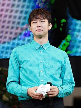 波乱万丈の3年間を過ごしたユチョン(JYJ)、韓国内ファンの前で涙…そして再起を誓う(提供:OSEN)
