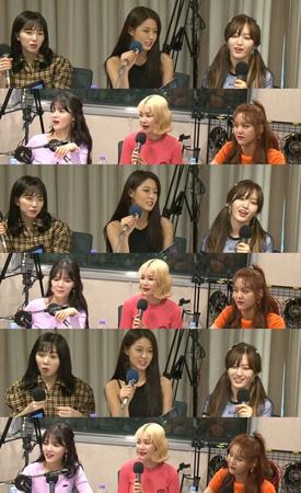 韓国ガールズグループ「AOA」が新曲「Bingle Bangle」の振付について言及した。(提供:news1)