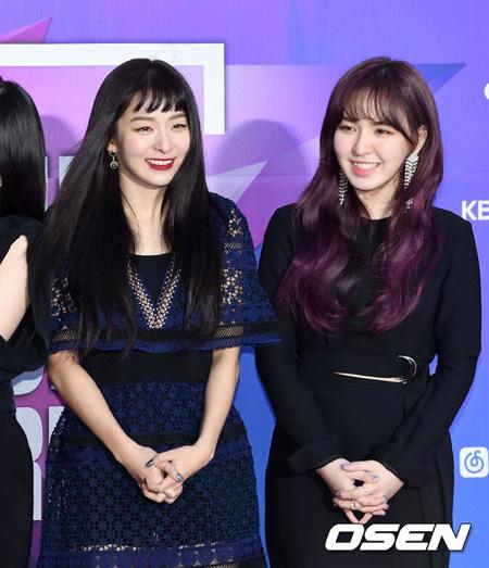 韓国ガールズグループ「Red Velvet」スルギとウェンディがバラエティ番組「バトル・トリップ」に出演することがわかった。