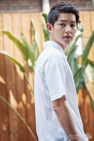 【公式】俳優ソン・ジュンギ、映画「稲妻(ポンゲ)号」出演について「決定事項はない」(提供:news1)