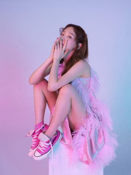 """""""ボーカリスト""""テヨン(少女時代)、きょう(18日)アルバム「Something New」公開へ(提供:OSEN)"""