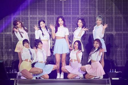 【公式】「TWICE」、バラエティ「アイドルルーム」出演へ=7月中に放送(提供:OSEN)