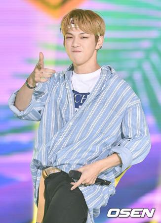 韓国ボーイズグループ「Wanna One」メンバーのカン・ダニエルが、2018年6月の男性広告モデルブランド評判調査の結果、1位となった。(提供:OSEN)