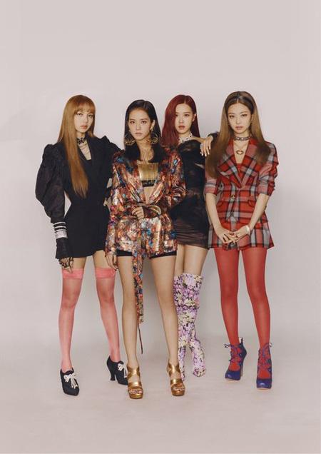 韓国ガールズグループ「BLACKPINK」が2週連続週間チャート首位に輝いた。(提供:OSEN)