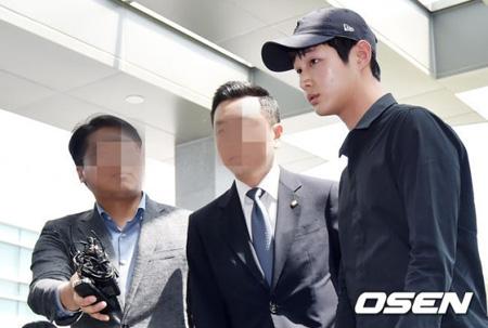 性的嫌がらせ・凶器脅迫容疑の俳優イ・ソウォン、初公判12日に延期(提供:OSEN)
