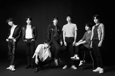 韓国歌手「防弾少年団(BTS)」が6週連続、米国「Billboard 200」と「HOT100」チャートにランクインした。(提供:news1)