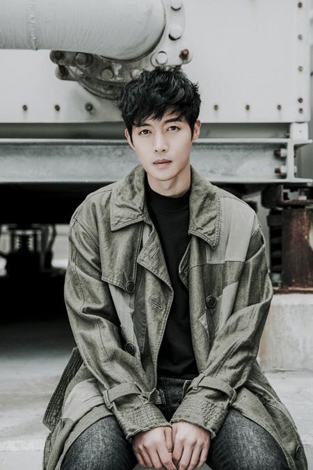 韓国歌手兼俳優キム・ヒョンジュン(リダ)がドラマ「時間が止まるその時」(仮題)で復帰する。(提供:news1)