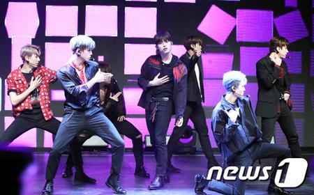 韓国アイドルグループ「MYTEEN」が「MIXNINE」出演、カムバックが遅れたことについて「残念ではあるが、良い経験になった」と述べた。(提供:news1)