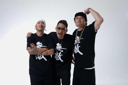 韓国KBSの音楽番組「開かれた音楽会」で、ヒップホップグループの「DJ DOC」が国会議員に関する爆弾発言をした。番組側はこの発言に対して騒動を未然に防ぐという立場を明らかにした。(提供:OSEN)