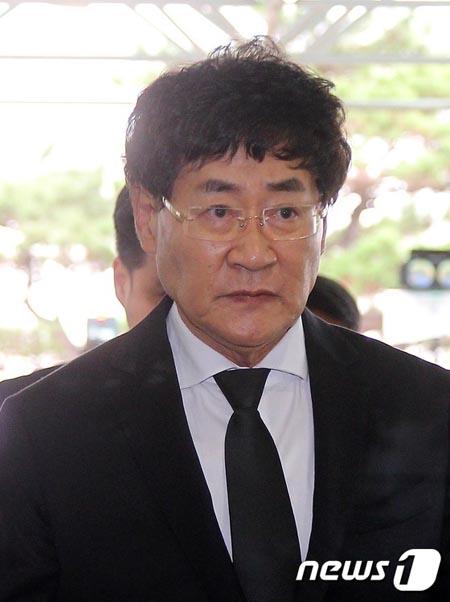大御所歌手ユン・ヒョンジュ、40億ウォン(約4億円)の横領容疑で在宅起訴… 本人は容疑否認