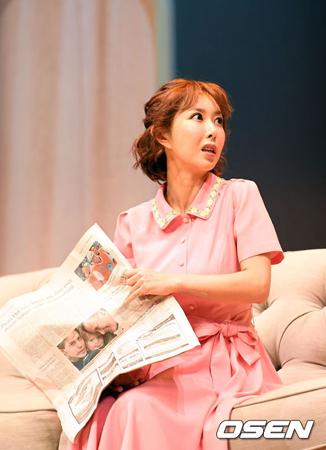 巨額の賭博資金を借りて返すことができず、詐欺容疑で告訴された韓国歌手シュー(36、S.E.S.)の弁護人が、シューの現在の状況を伝えた。(提供:OSEN)